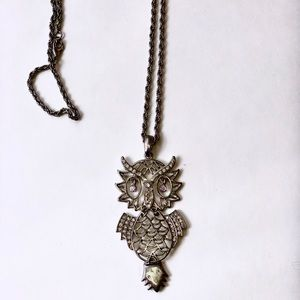 FRANCHESCA'S SILVER CRYSTAL OWL STATEMENT NECKLACE